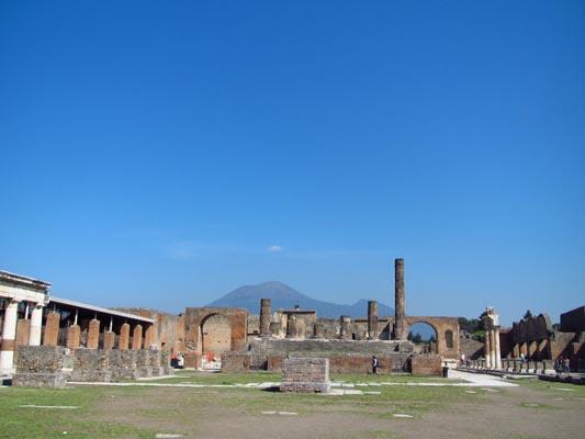 napels-vulkaan-pompeii